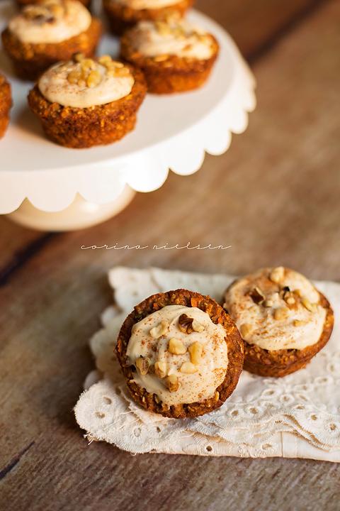 corinanielsen-carrotcupcakes-2
