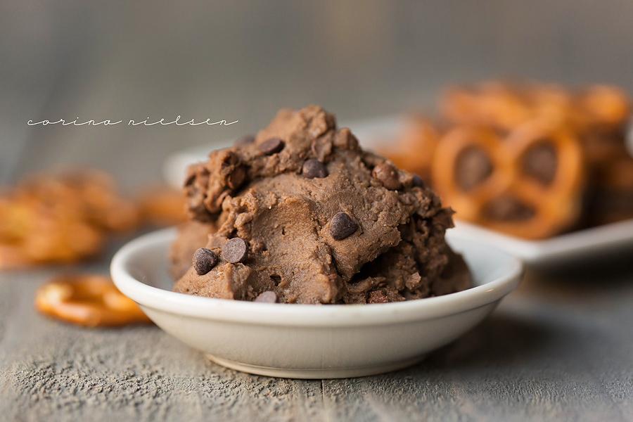 Corina Nielsen- Chocolate PB Pretzel Bits-5