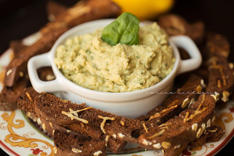 Corina Nielsen- Lemon Basil Hummus & Protein Bagel Chips-1