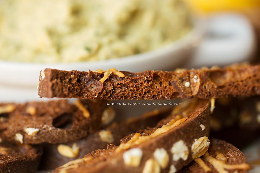 Corina Nielsen- Lemon Basil Hummus & Protein Bagel Chips-5