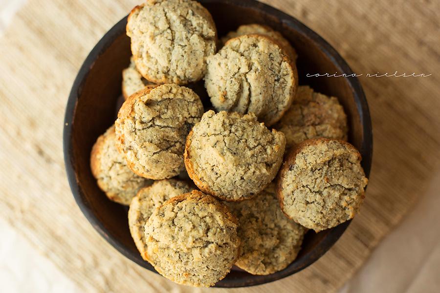 Corina Nielsen- Banana Chia Seed Muffins-1