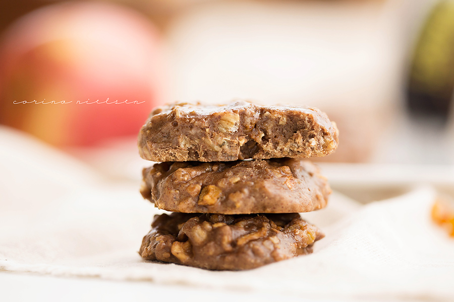 Corina Nielsen- Apple Spice Oatmeal Blondie Cookies-9