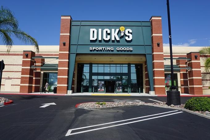does dicks drug test