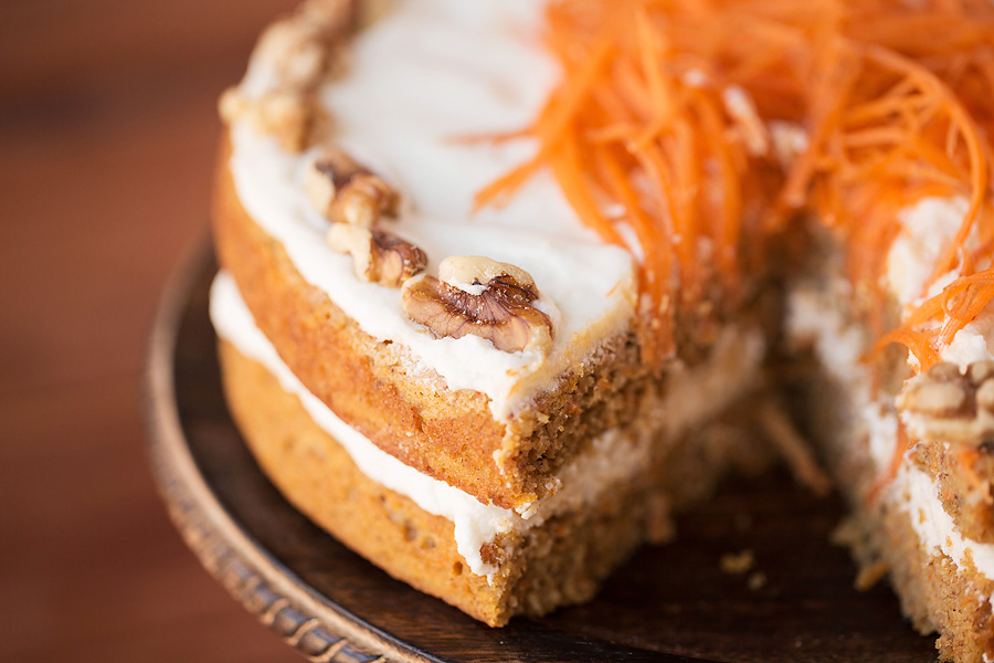 Low Sugar Carrot Cake